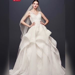 Truly by Zac Posen Ivory Horsehair Wedding Gown